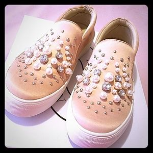 Steve Madden Glamour Studded Fashion Sneakers